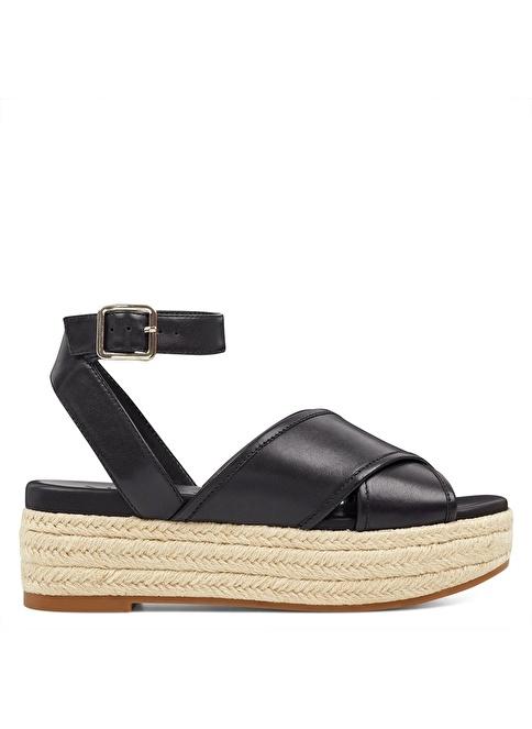 Nine West Dolgu Tabanlı Sandalet Siyah